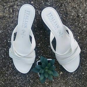ITALIAN SHOEMAKERS   White Sandals!